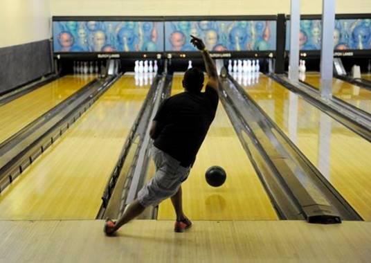 bowling deals denver co